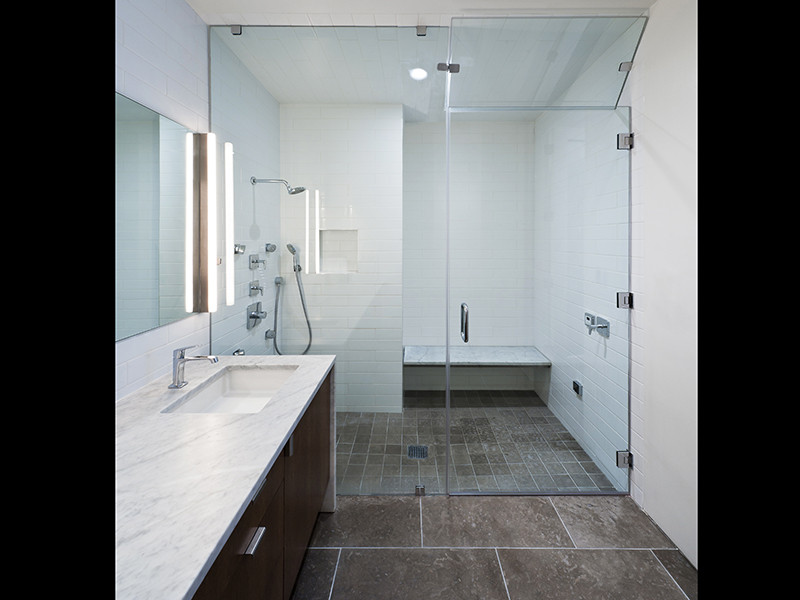 Bathroom remodel ideas bay easy construction for Modern bathroom renovations